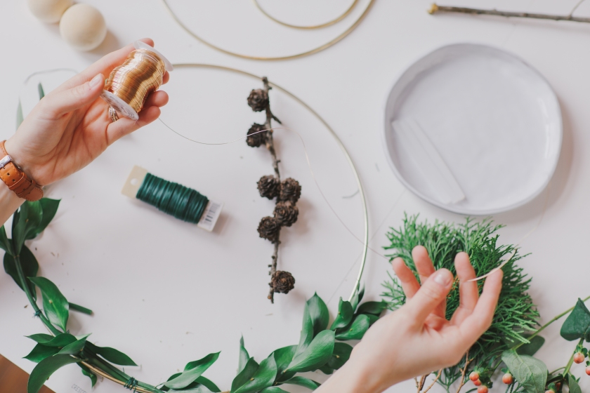 Lives Styled Minimalist Wreath How-To Hygge Journal