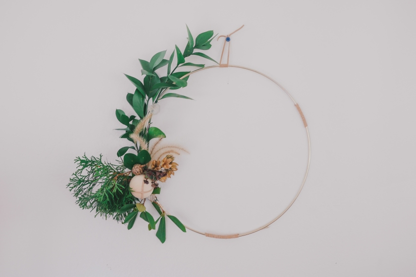 Lives Styled Minimalist Wreath